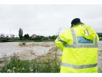 """La un an de la """"potop"""", încă se mai așteaptă fonduri pentru remedierea stricăciunilor"""
