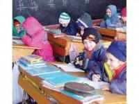 Circa 350 de elevi îngheață de frig