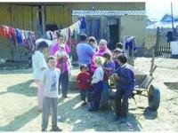 Acasă la romii din Pătrăuți