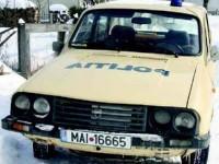 """Polițiștii de la Șerbăuți """"gonesc"""" după infractori la volanul unui autoturism vechi de 20 de ani"""