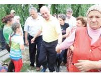 """Președintele Traian Băsescu a avertizat sinistrații: """"Nu construiește statul !"""""""