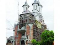 """Cu 100 de miliarde de lei vechi, Catedrala """"Nașterea Domnului"""" din Suceava ar fi gata în 3 ani"""