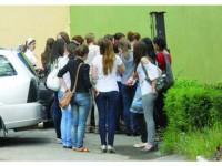 Aproape 70% din elevii suceveni au medii de admitere de la 7 în sus