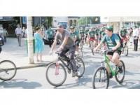 """De la Gura Humorului, peste 100 de bicicliști au plecat pe """"drumurile smereniei"""""""
