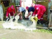 """Jumătate din Ițcani inundat… """"controlat"""""""