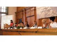 În administrația publică, femeile generează economii