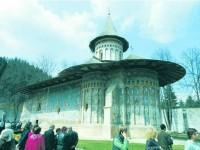 """Despre """"Sfinții Părinți și spiritualitatea monastică"""" la Mănăstirea Voroneț"""