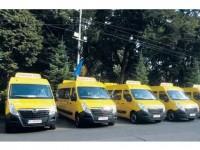 Vor mai veni încă 20 de microbuze școlare în județul Suceava